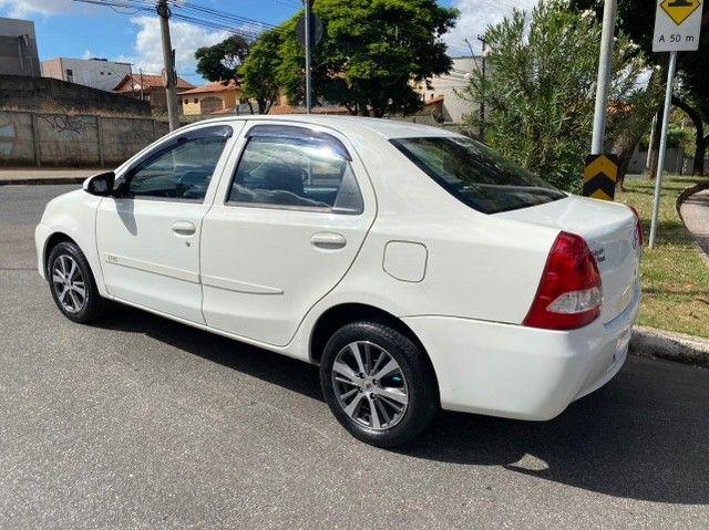 etios 1.5 x sedan - Foto 3