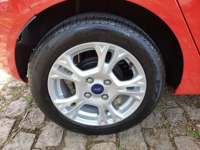 New Fiesta Hatch SE 1.6 *Automatico* - Foto 6