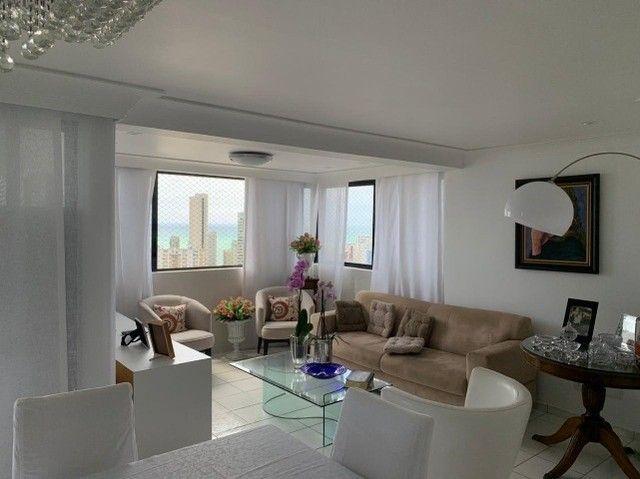 Apartamento em Boa Viagem, lindo, com 3 quartos, 2 vagas e vista mar. - Foto 2