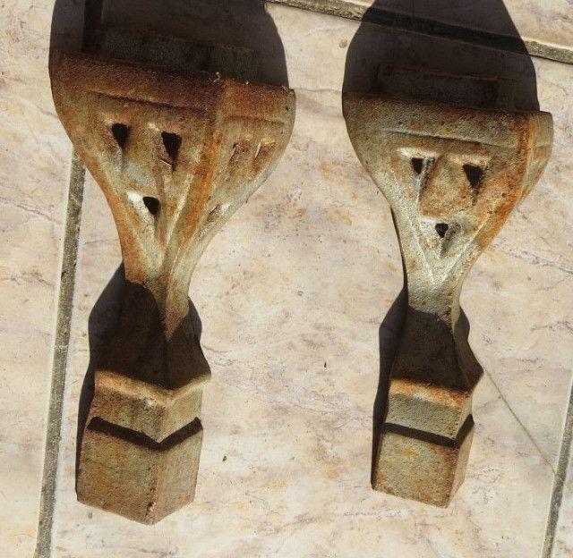 Antigos pés de fogão a lenha para fazer moveis rusticos