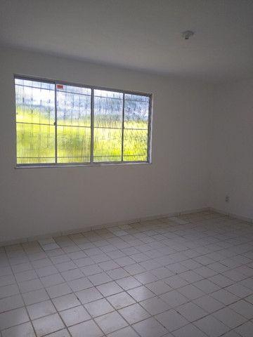 Apartamento no final de linha em Vale dos Lagos c/ 2 quartos + dependência - Foto 6