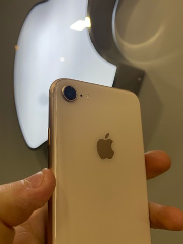 iPhone 8 64Gb Gold rose - Foto 2
