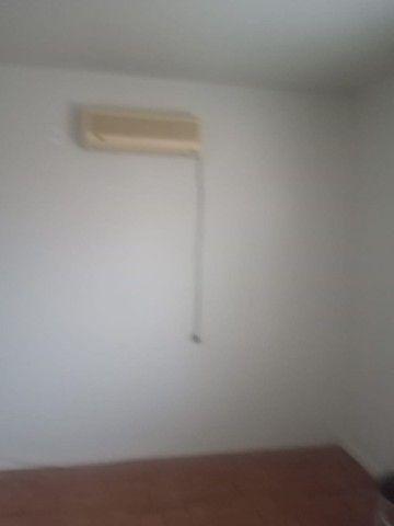 Alugo Apartamento 3 dormitórios, na frente do Conjunto Comercial - Foto 9