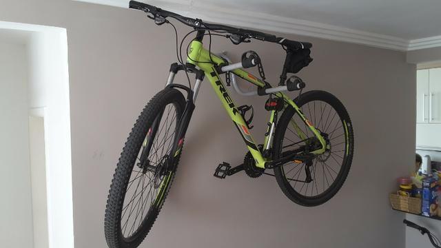 "Vendo Bike Trek Merlim 7 Aro 29"" zerada - Foto 2"