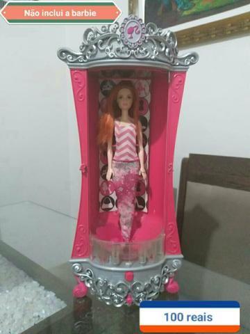 Guarda roupas da Barbie original moda e magia
