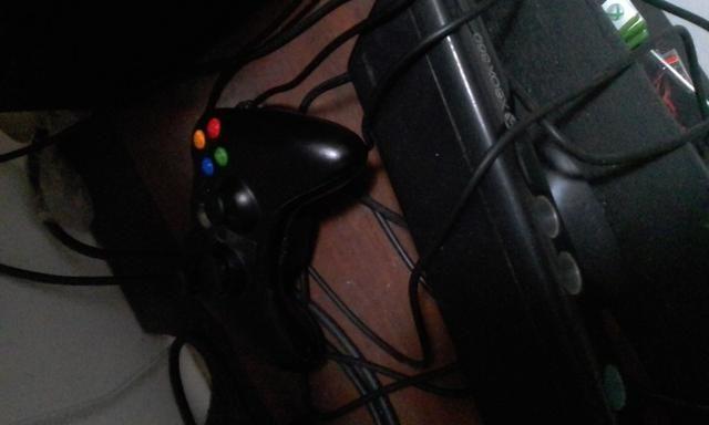 XBOX 360 +jogos - Foto 2