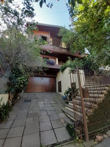 Casa para alugar com 3 dormitórios em , cod:I-023758