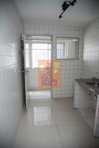 Apartamento em candelária para locação com 3 quartos, próximo ao Natal Shopping - Foto 11