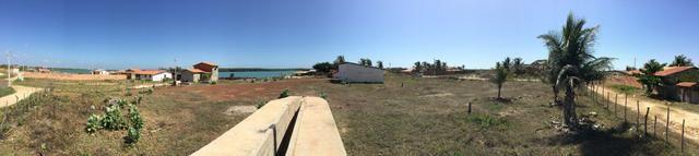 Casa mais Galpão em frete ao mar - Foto 2