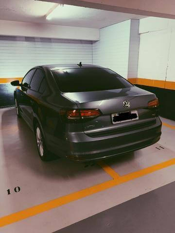 Volkswagen Jetta - 1.4 TSI Comfortline Gasolina 4P Tiptronic 2018 - Foto 3