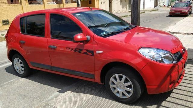 Renault/Sandero Exp1.0 16v 4P, Ano: 2011, Flex: Gas/Alc, cor: Vermelha