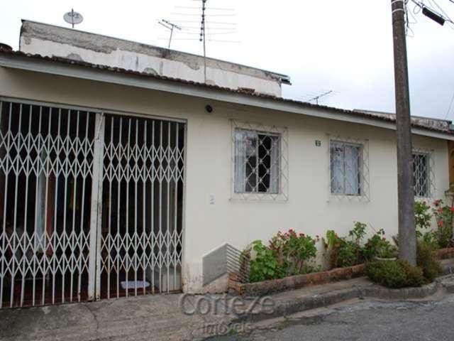 Casa com 03 quartos em condomínio no Boqueirão