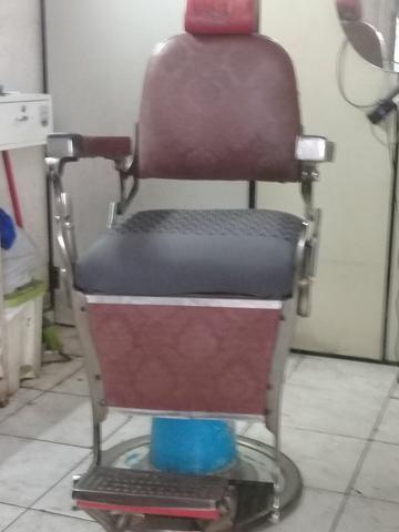 Cadeira antiga de barbeiro
