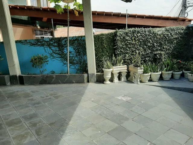 Residencia com Piscina, 4 Qtos, Modulados, Área Nobre - Foto 10