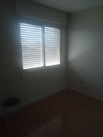 Alugo Apartamento 3 dormitórios, na frente do Conjunto Comercial - Foto 5