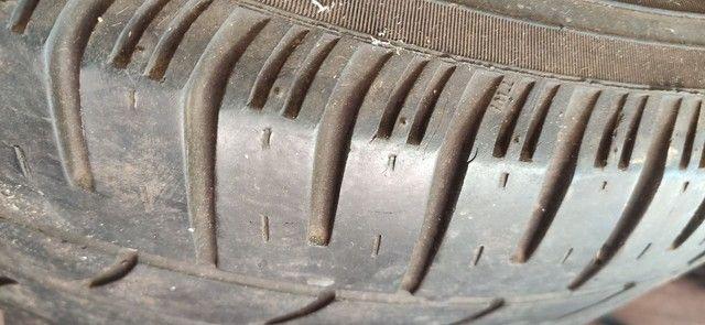 Jogo rodas 300c originais com pneu - Foto 2