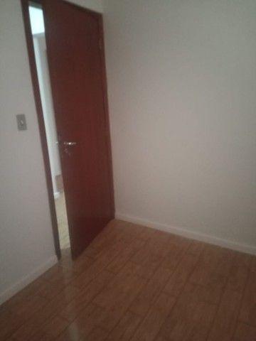 Alugo Apartamento 3 dormitórios, na frente do Conjunto Comercial - Foto 13