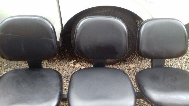 Cadeiras de recepção - Foto 2