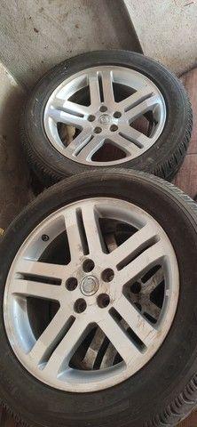 Jogo rodas 300c originais com pneu