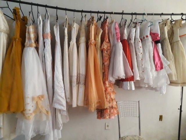 Aluguéis de vestido de noiva, daminha, pajem, etc...