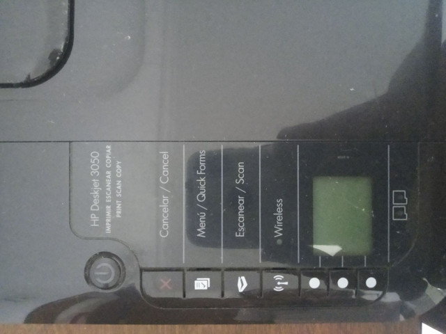 HP DeskJet 3050 usada - Foto 3