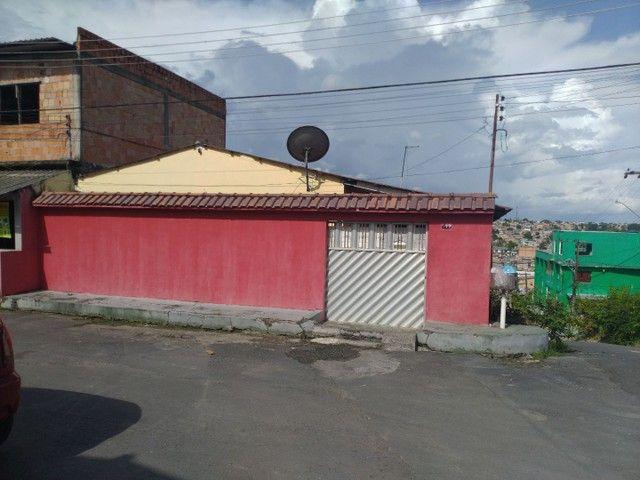//Casa com 3 Qrts sendo uma suíte e quintal no Francisca Mendes