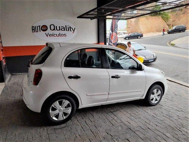 Nissan New March 1.0 3cilindros super economico Branco Perola - Foto 3