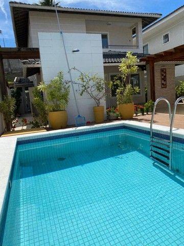 Linda e de fino acabamento! Casa em condomínio fechado 4 quartos, piscina privativa