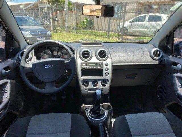 Fiesta 1.6 sedan impecável baixa km - Foto 6