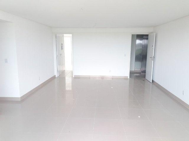 Apartamento Jacarecica - 4 suítes - Foto 10