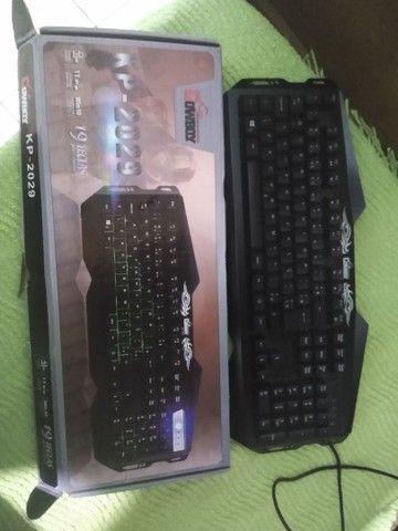 Teclado Cowboy KP 2029 e mouse verde X7 Gaming