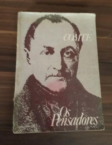Auguste Conte ( 2 exemplares) + Os Pensadores (Fascículos) - Foto 3