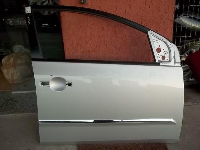 Porta Dianteira Direita Nissan Sentra 2007.2012