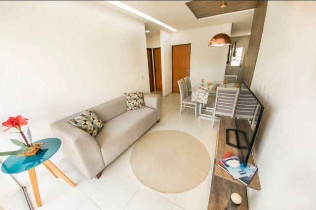 Apartamento com 3 quartos no condomínio Leão Dourado