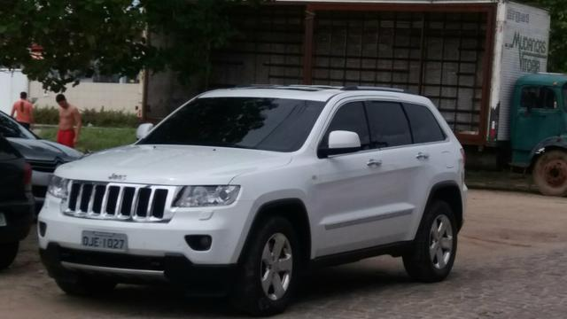 Jeep Grand Cherokee 2013, Top Linha