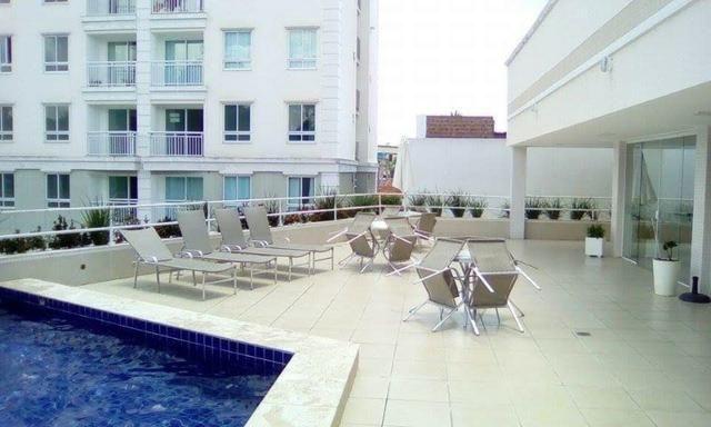Apartamento mobiliado e decorado com excelente localização