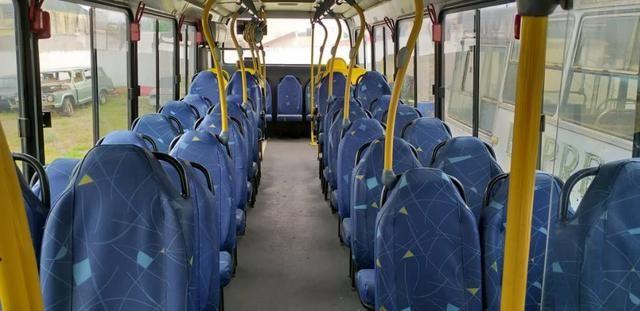 Ônibus 09/10 MB 38 lugares - vendo/troco - Foto 4