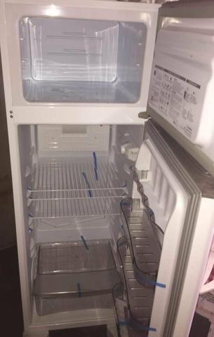 Refrigerador RCD34 276L - Foto 5