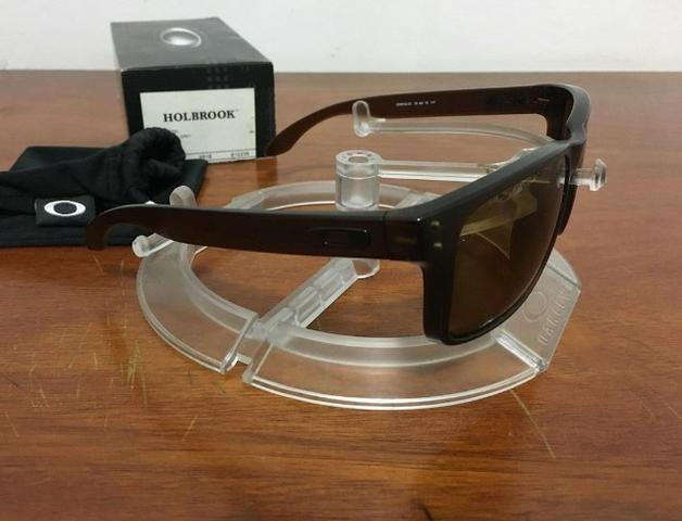 Óculos Oakley Holbrook Polarizado Novo na Caixa - Foto 2