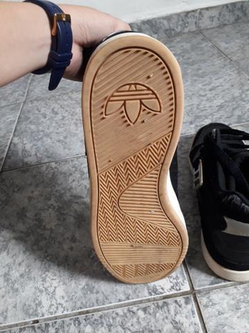 Tenis adidas cano medio - Foto 2