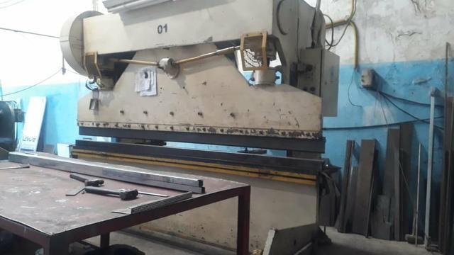 Maquina de corte e dobra de chapa as duas por 88.000 - Foto 2