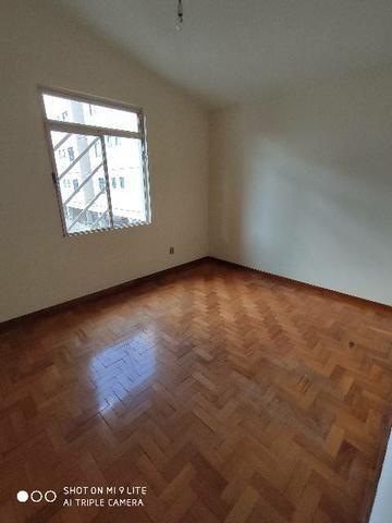 Vendo apartamento próximo ao centro - Foto 7