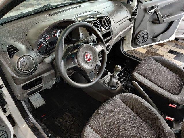 Fiat Palio atractive 1.4 Completo Ano 2014 com gnv ! - Foto 15