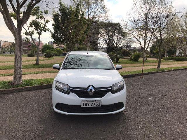 Renault Logan 2016 multimídia