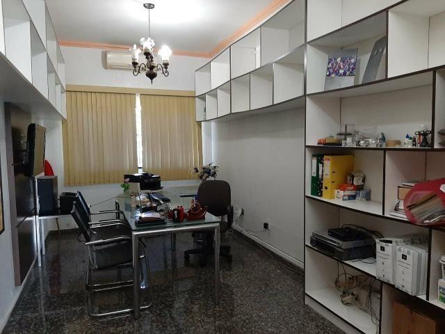 Residencia com Piscina, 4 Qtos, Modulados, Área Nobre - Foto 8