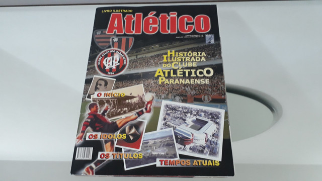 Álbum de figurinhas história ilustrada clube atlético Paranaense