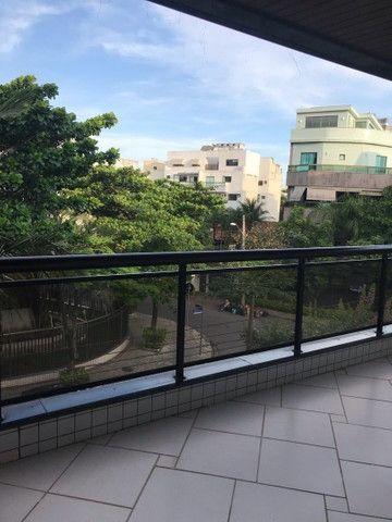 Gleba A  apartamento com 3 quartos com 2 suítes   Real Imóveis RJ
