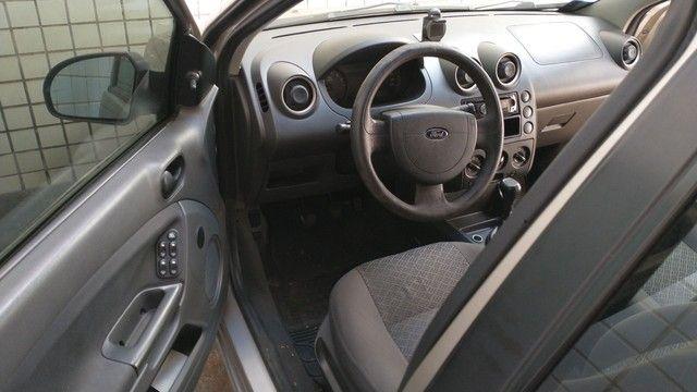 Ford Fiesta 1.6 2006  - Foto 6