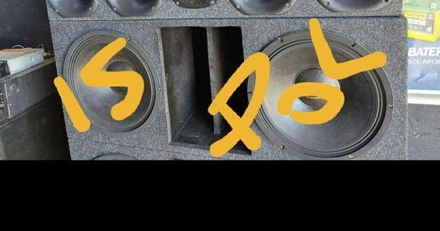 Som completo com 2 de 15 e 4 corneta é modulo