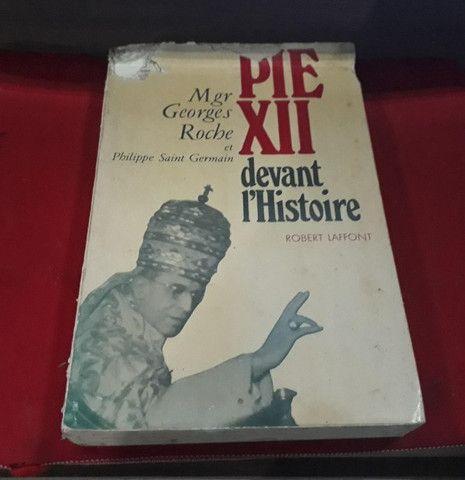 Pio XII Antes da História. Exemplar raro em Francês